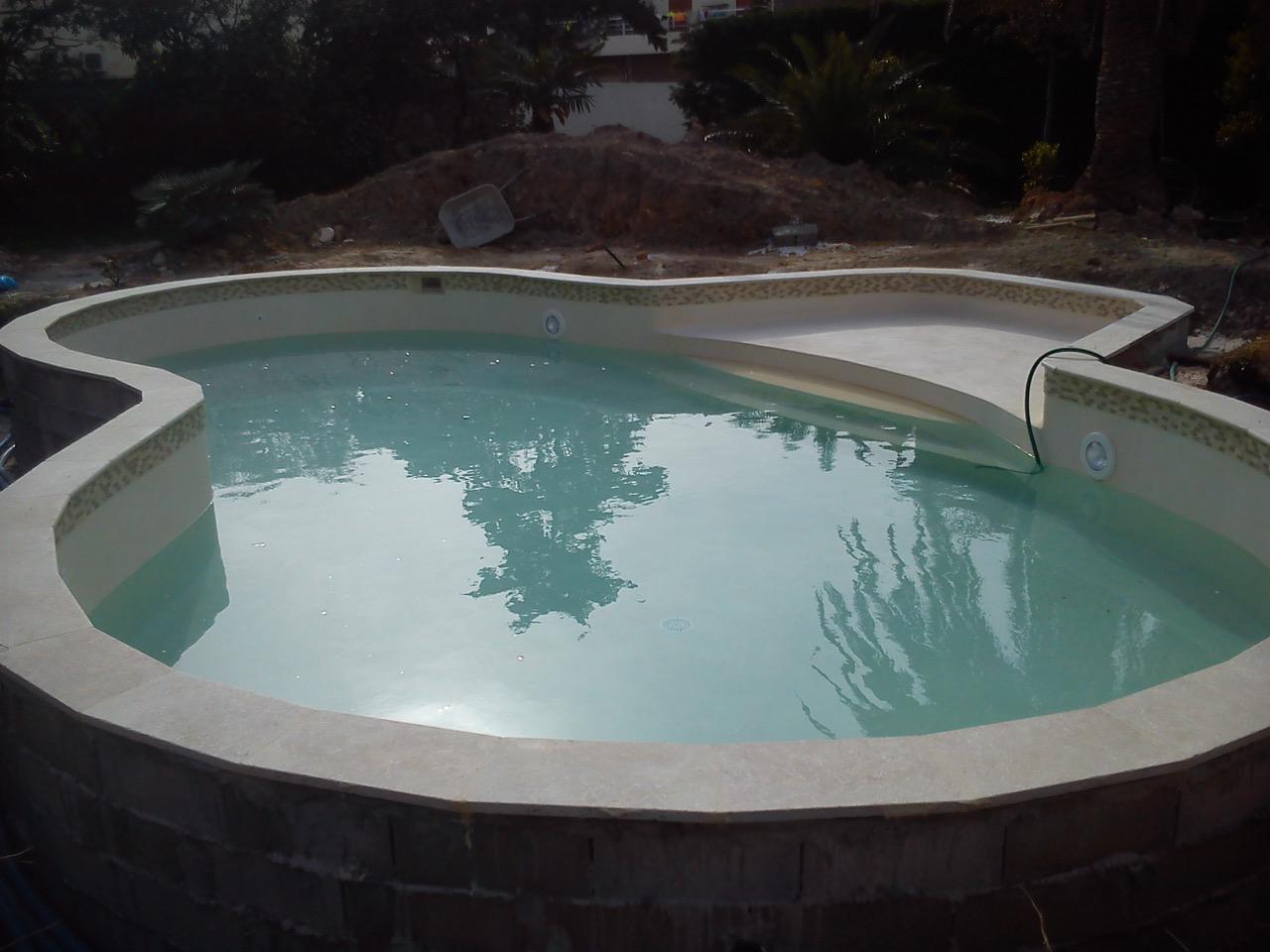 Piscine marseille pointe rouge for Bonneveine piscine